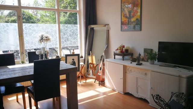 Licht appartement met tuin aan Westerpark