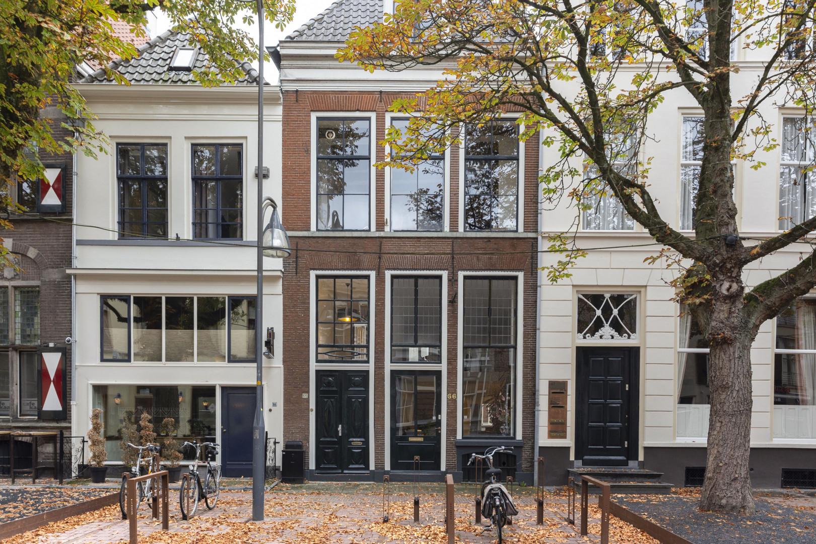 Ruimtelijk appartement op de levendige Brink in Deventer